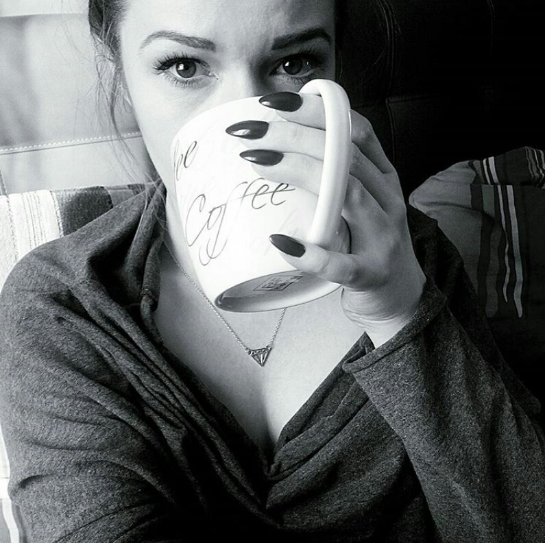 Coffee, diamend, nails, blog Modowy, lashes, long4lashes,grey,blackandwhite, cafe